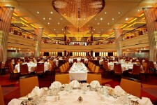 What's Included On a Carnival Cruise?